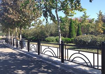 锌钢道路花坛护栏